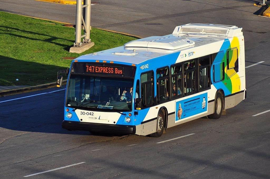 Bus aeropuerto de Montreal