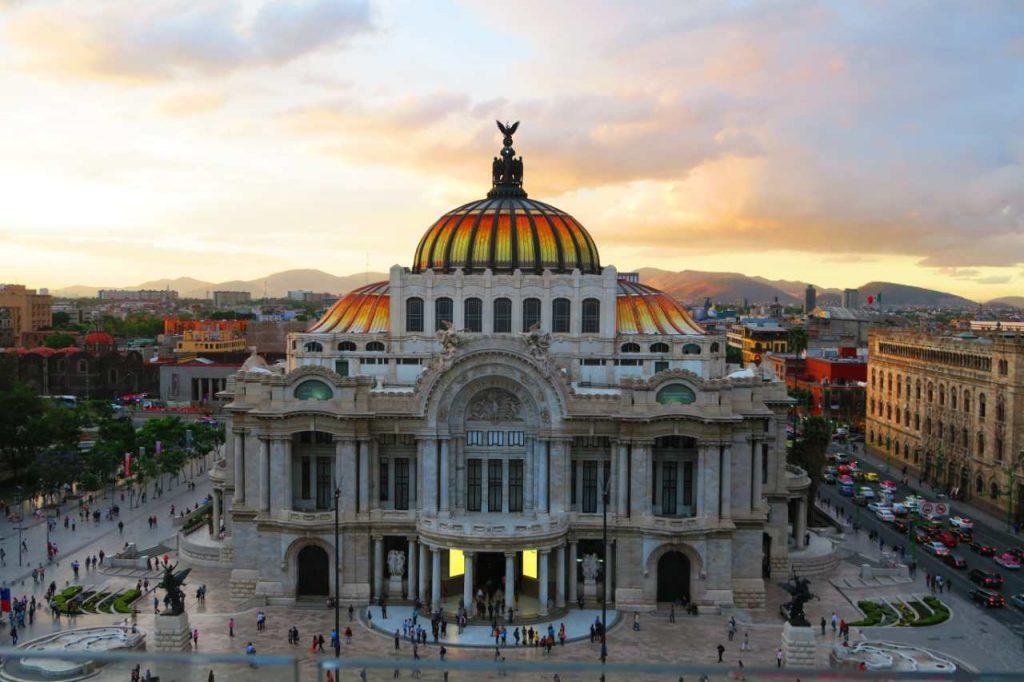 es peligroso viajar a México
